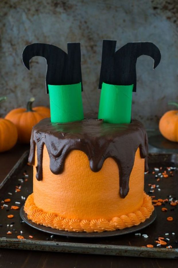 melted-witch-cake-2b.jpg