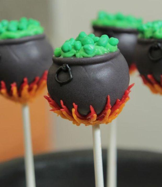 Nerdy Nummies Harry Potter Cake Pops