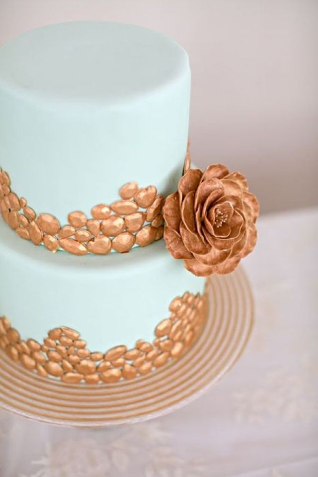 copper-and-teal-wedding-cake.jpg