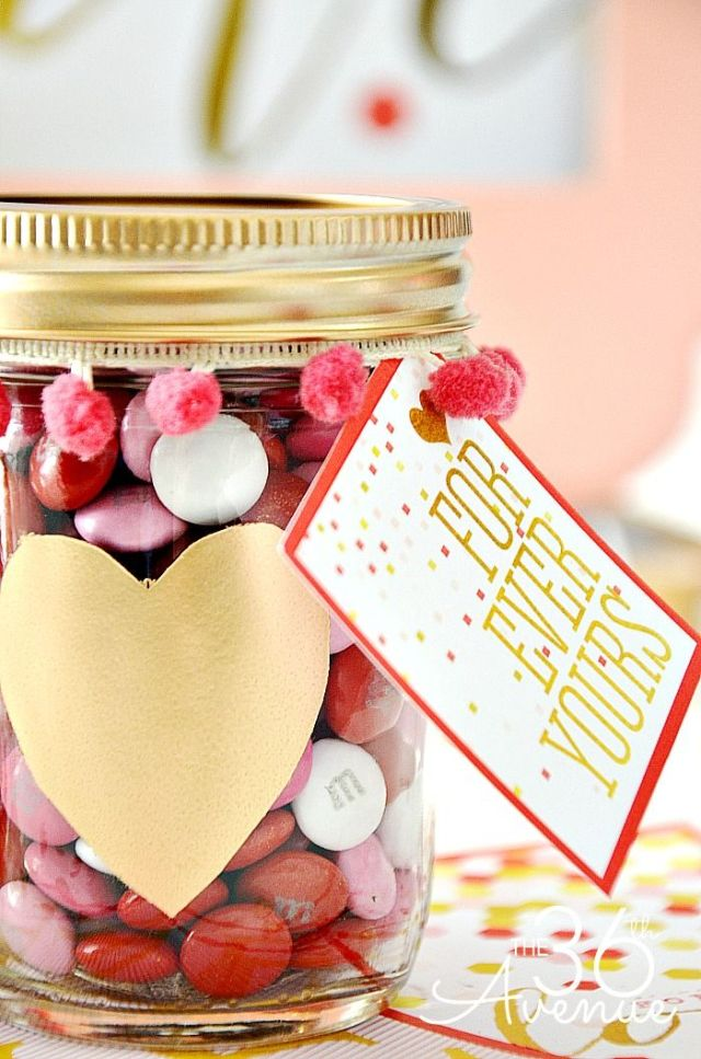 Valentines-Day-Gifts-Candy-Jar-the36thavenue.com-.jpg