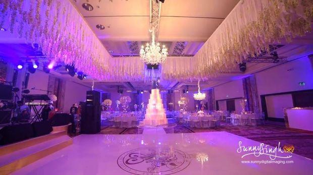img-projection-mapped-wedding-cake-422.jpg