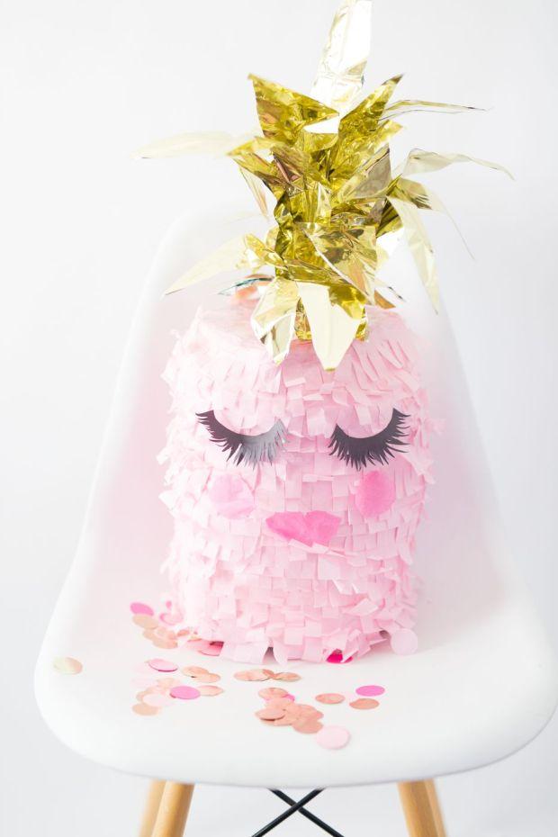pineapple-eyelashes-glamorous.jpg