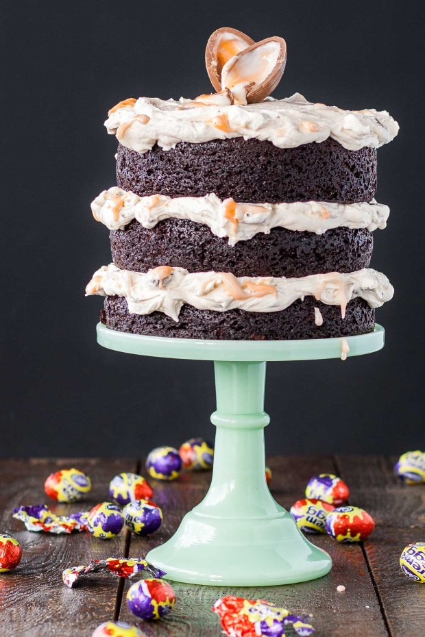 creme_egg_cake-5.jpg