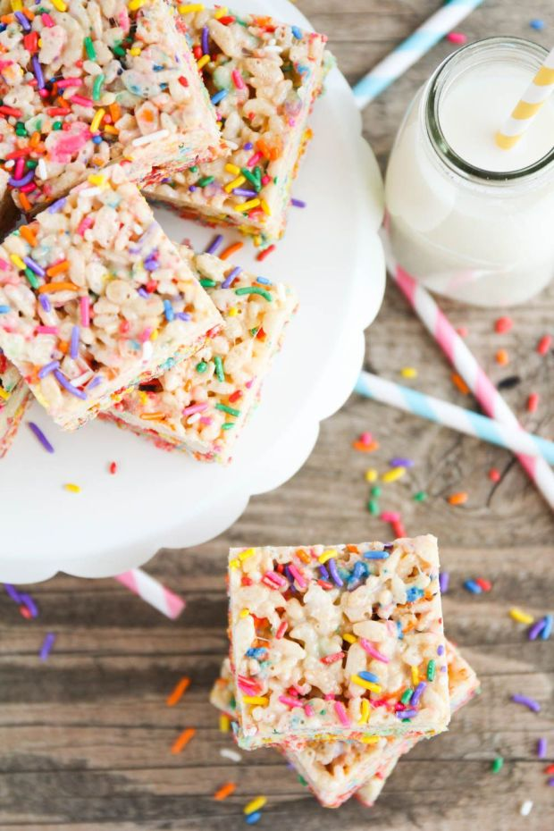 cake_batter_rice_krispy_treats_6.jpg