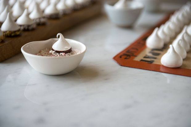 Ghirardelli-Chocolate-Dipped-Holiday-Meringues-Now-Forager-Teresa-Floyd-Photography-1