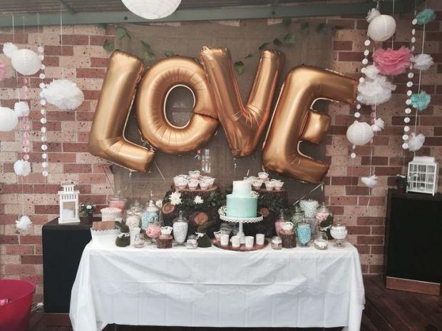 4afd3271de8ed2940cc2d018a0d91888--rustic-candy-buffet-buffet-wedding.jpg