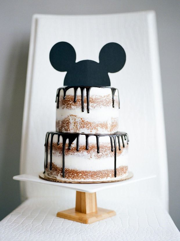 ASHERS-MODERN-MICKEY-PARTY-NAKED-CAKE-AND-MICKEY-EARS.jpg
