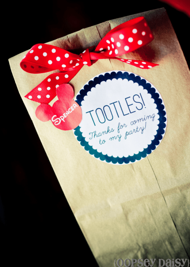 mickey-party_gift-bags1-729x1024.png