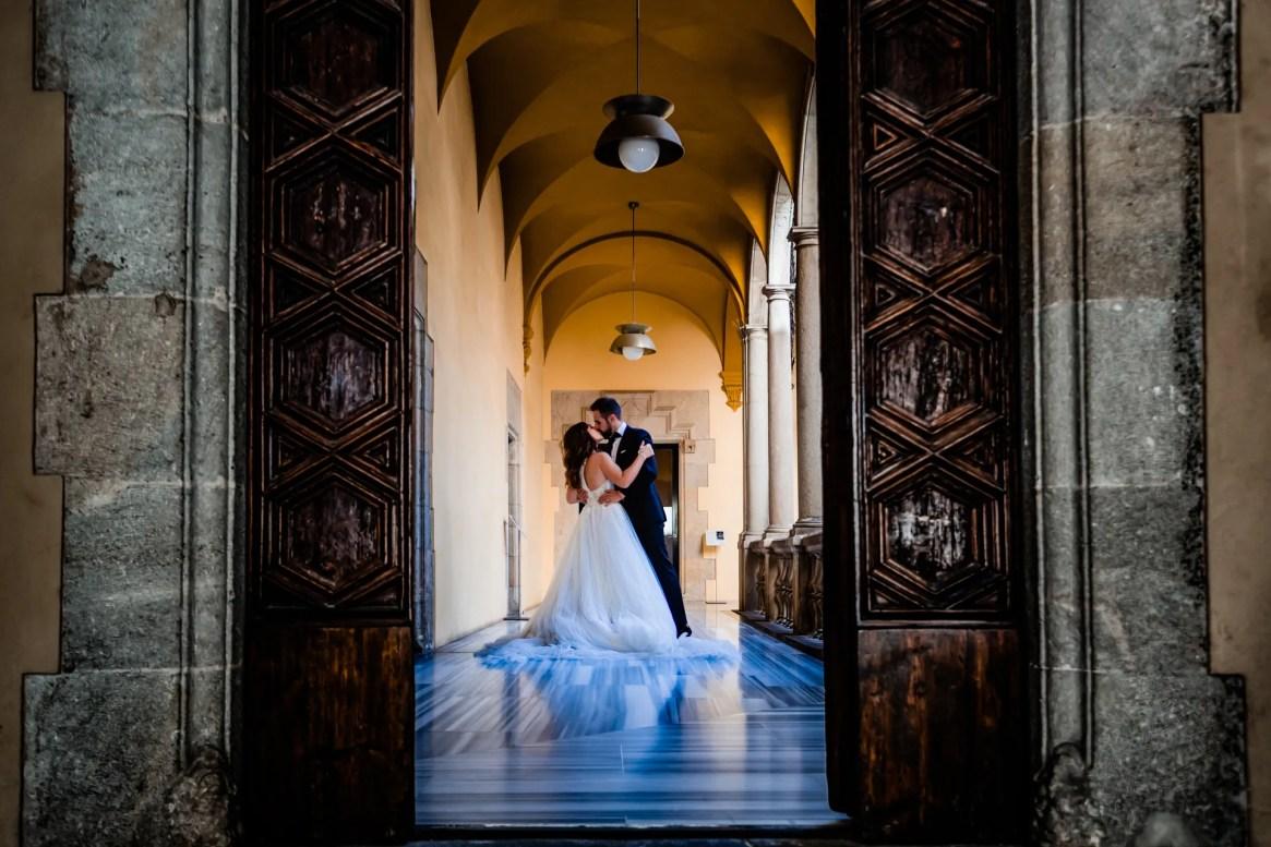 LuzdeBarcelona-boda-fotografo-postboda-gotico-Barcelona-30