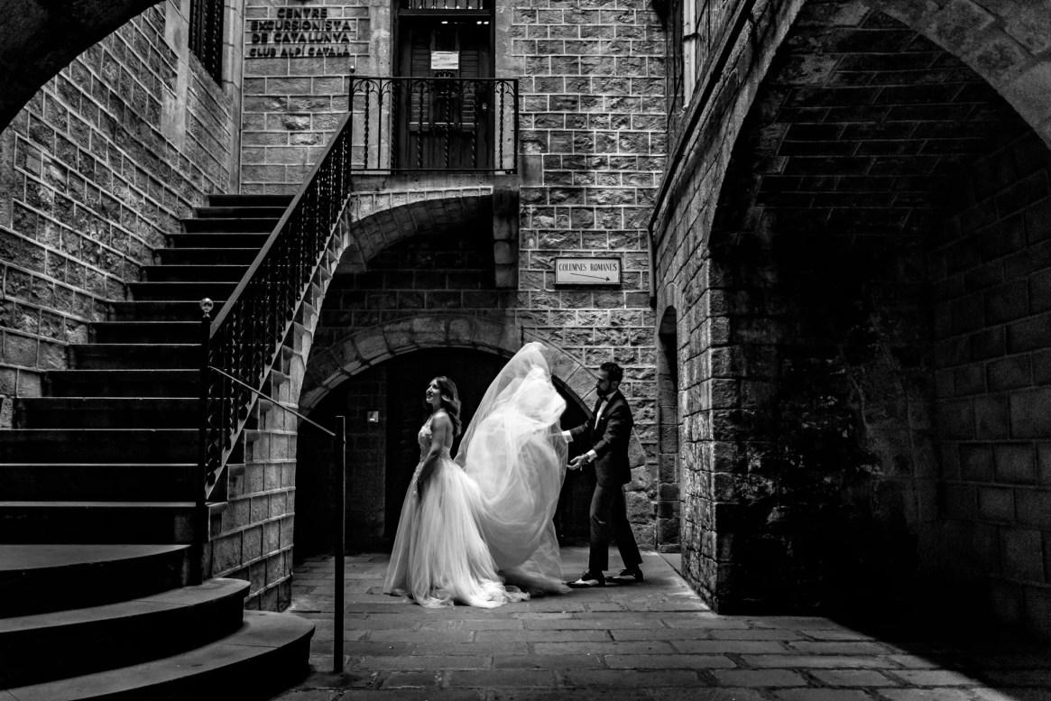 LuzdeBarcelona-boda-fotografo-postboda-gotico-Barcelona-7