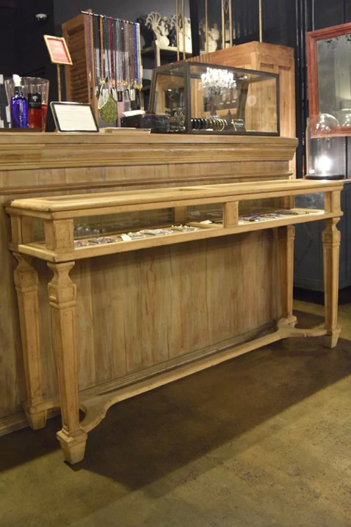 """CONSOLA """"THE WATCHMAKERS RETIREMENT STAND"""""""