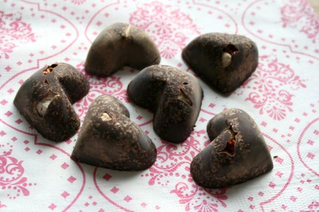 LuzPatterns.com DIY Chocolate hearts