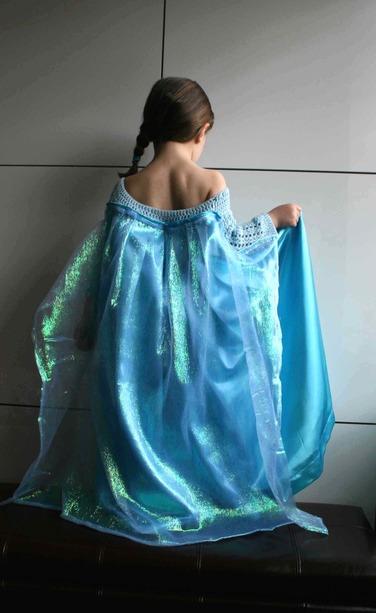 LuzPatterns.com Ice Queen dress details