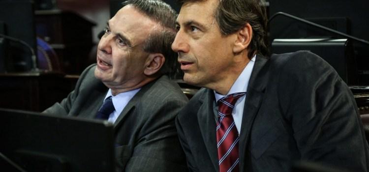 «Los gobernadores sienten nostalgia por el látigo y la chequera»
