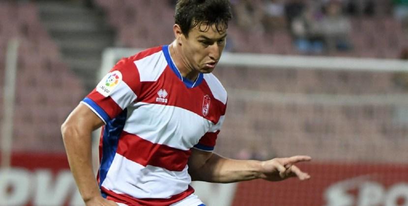 En Atlético se fue Castellani y llegó Aguirre