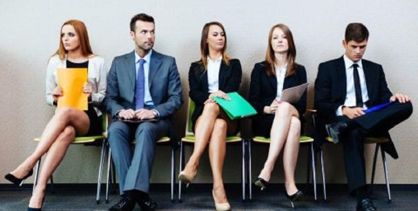 El empleo privado continúa en caída