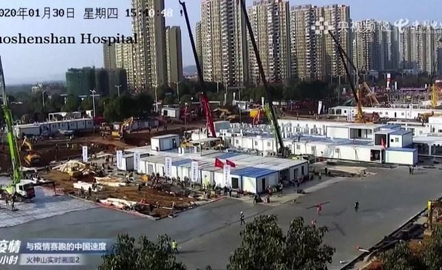 China terminó en 10 días la construcción del hospital de Wuhan y comenzará a recibir pacientes con coronavirus