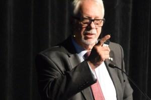 Me Pierre Marc Johnson, ancien premier ministre du Québec et avocat au bureau de Lavery à Montréal