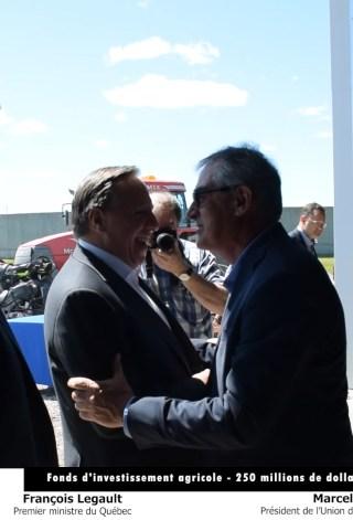 M. François Legault, premier ministre du Québec et M. Marcel Groleau, président de l'Union des producteurs agricoles