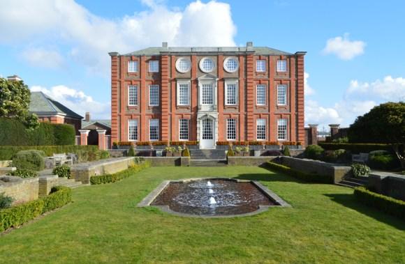 4 Roehampton House copyright Stuart Blakley