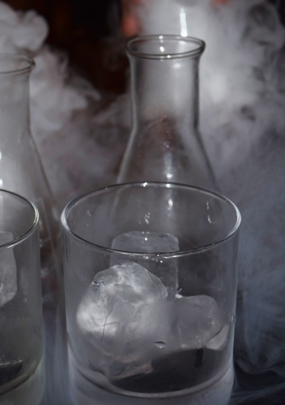 1 Cocktails in the City Hoxton Hotel © Lavender's Blue Stuart Blakley