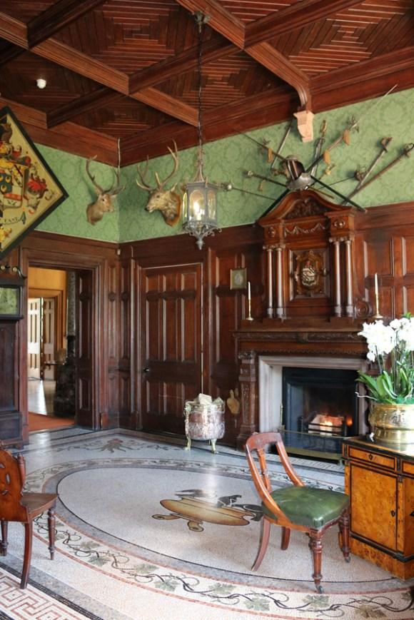 Castle Leslie Entrance Hall 2 © Lavender's Blue Stuart Blakley