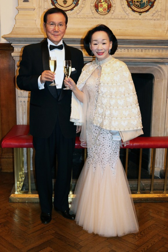 the-world-boutique-hotel-awards-couple-lavenders-blue-stuart-blakley
