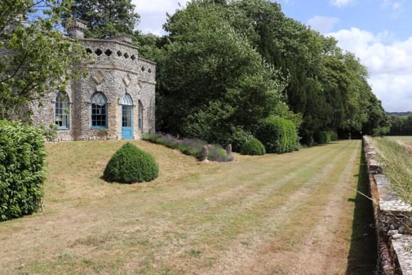 14 Summer House Hampshire © Stuart Blakley