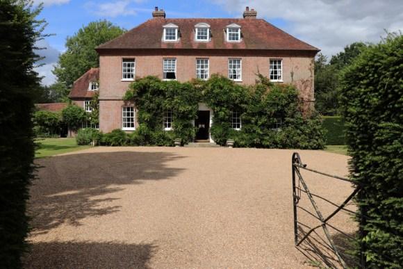 Sprivers House Kent Entrance © Lavender's Blue Stuart Blakley