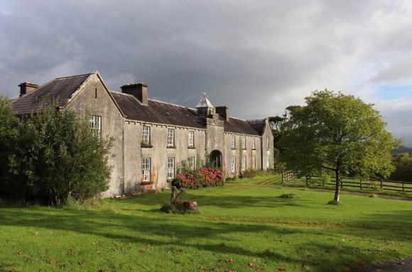 Annaghmore Sligo Stable Block © Lavender's Blue Stuart Blakley