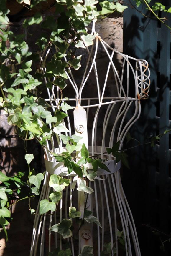 lavender's blue courtyard tailor's dummy © lavender's blue stuart blakley