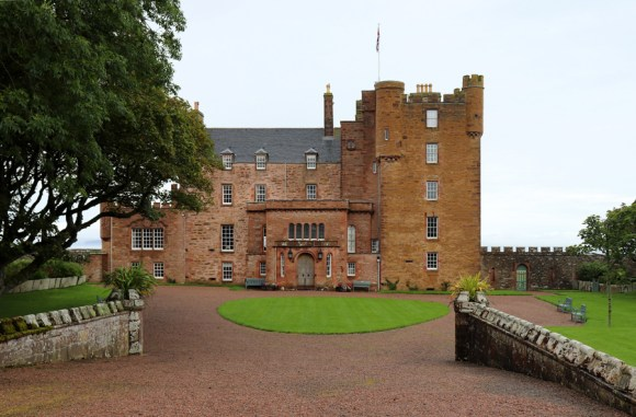 The Castle of Mey Caithness Facade © Lavender's Blue Stuart Blakley