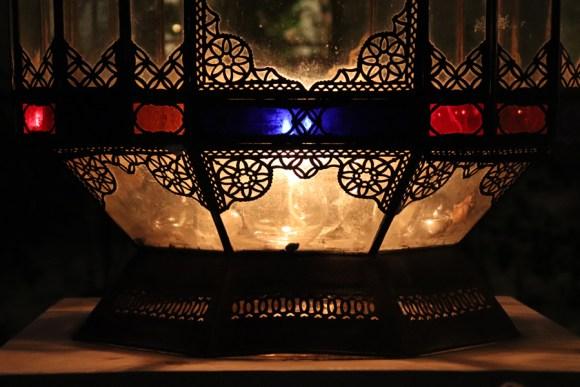 Night Lantern La Divine Comedie Avignon © Lavender's Blue Stuart Blakley