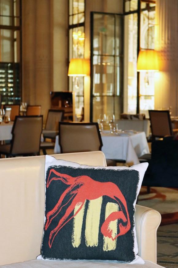 Rue de Rivoli Hotel Meurice Cushion Paris © Lavender's Blue Stuart Blakley