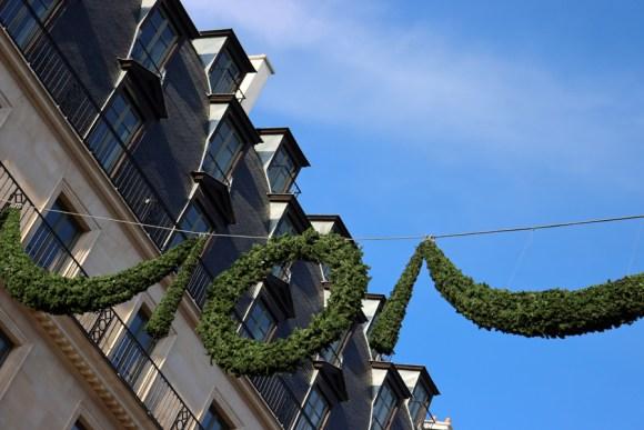 Rue de Rivoli Hotel Meurice Mansard Paris © Lavender's Blue Stuart Blakley