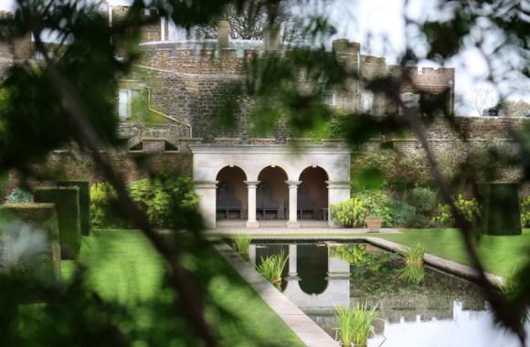The Queen Mother's Garden Walmer Castle Kent © Lavender's Blue Stuart Blakley