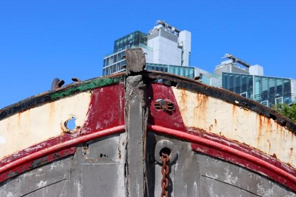 Boat Montevetro Battersea London © Lavender's Blue Stuart Blakley