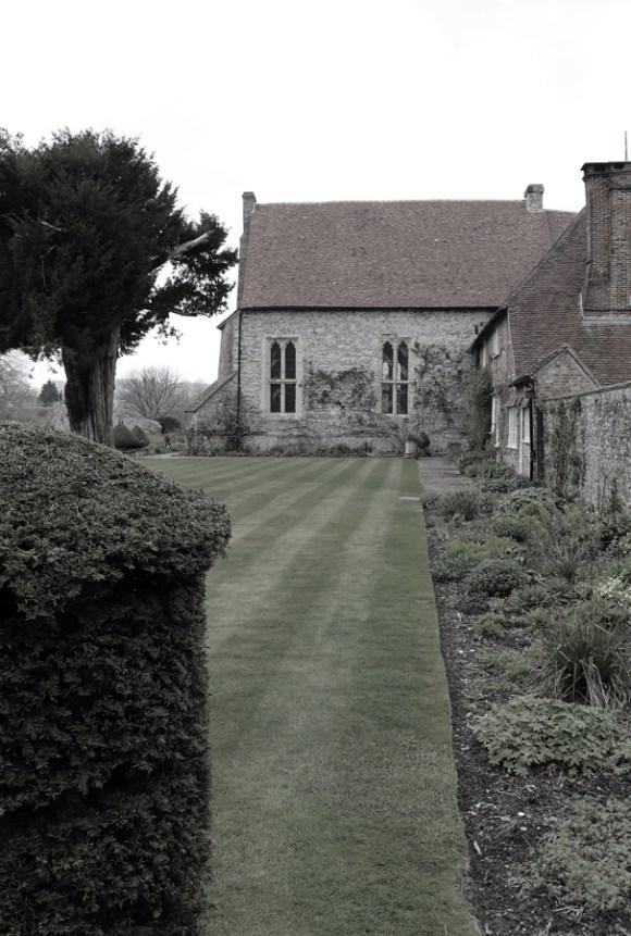 East Meon Court House Lawn © Lavender's Blue Stuart Blakley