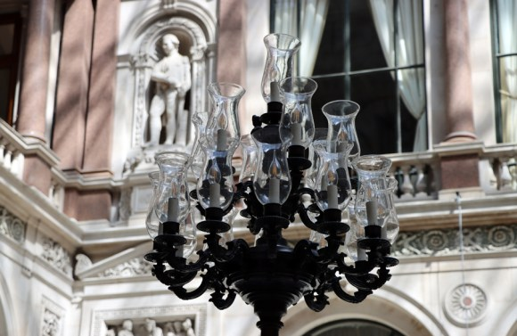 Chandelier Durbar Court The Foreign and Commonwealth Office London © Lavender's Blue Stuart Blakley