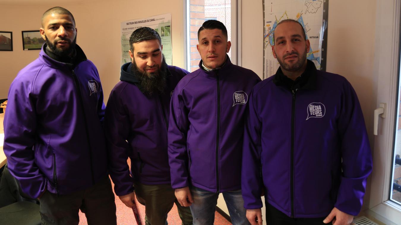 Vivien, Mehdi, Farid et Malik ont été retenus pour faire de la médiation dans les quartiers nord.