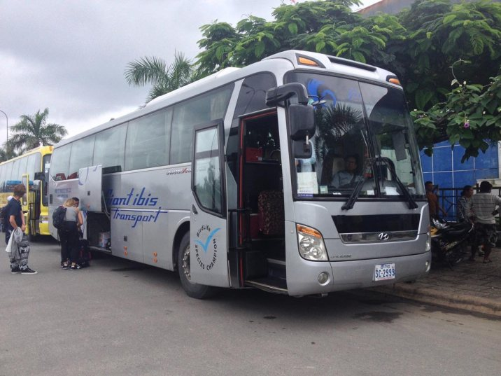 BUS GIANT IBIS CAMBODGE