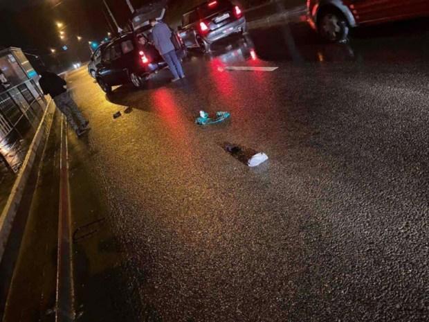 У Львові водія BMW Х5 збив хлопця і втік (ФОТО)