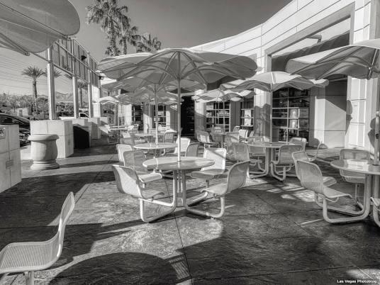 lenka-patio-1