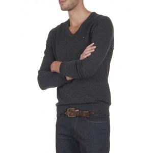 Tommy Hilfiger Denim pulover V-neck sweater black 078