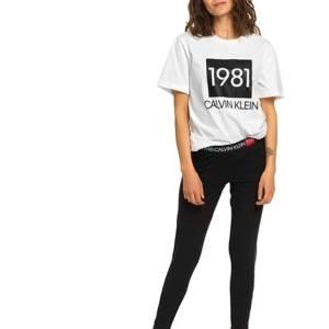 Tričko Calvin Klein SS Crew Neck 1981 Bold biele.01