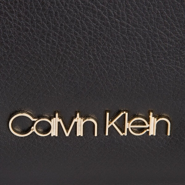 Kabelka Calvin Klein Frame Med Shopper K60K604596 001