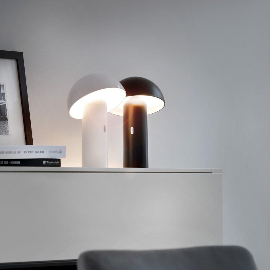 Lampada da tavolo LED Svamp con batteria, bianca