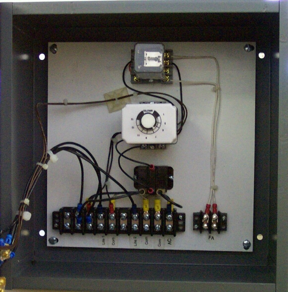 medium resolution of house light timer