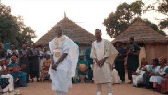 BLACK M Feat. SIDIKI DIABATE MAMA CLIP 750x422 300x169 Rap français: Black M  remarie les  origines dans « Mama » son nouveau Clip