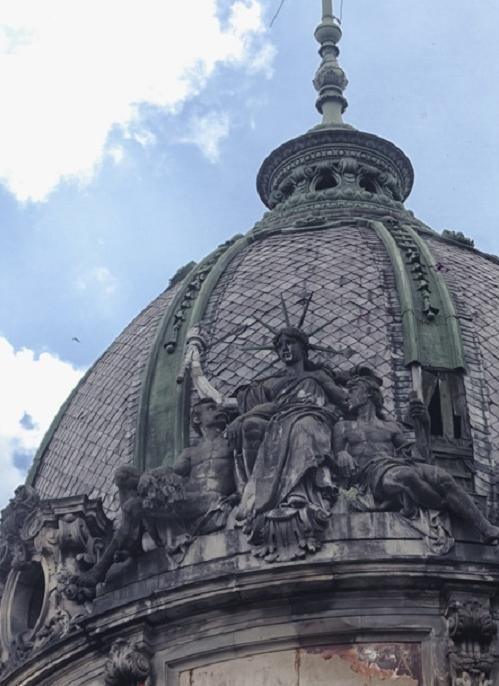 Rzeźba przed renowacją